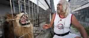 epeisodia.online-Ο Ξανθός Μάγος: Ο Γρεβενιώτης με το λιοντάρι !
