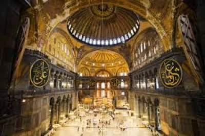 Τζαμί η Αγιά Σοφιά; Πανηγύρι στα Τούρκικα ΜΜΕ