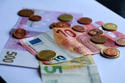 Προϋπολογισμός: Πρωτογενές έλλειμμα 7 δισ. ευρώ στο 9μηνο